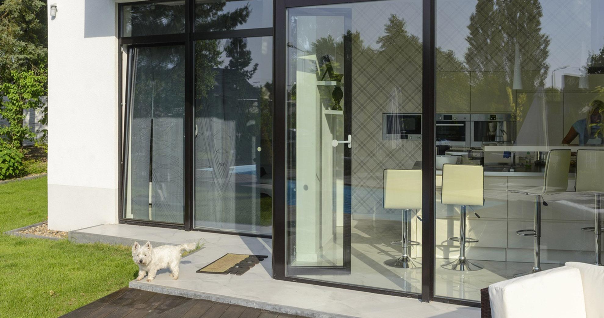 Aluminiumfenster und -türen 45mm Profil in vielen RAL-Farben